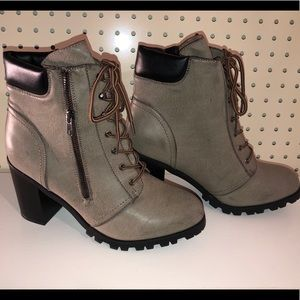 """Maurices """"Heidi Hiker"""" boots with heel size 11 NEW"""